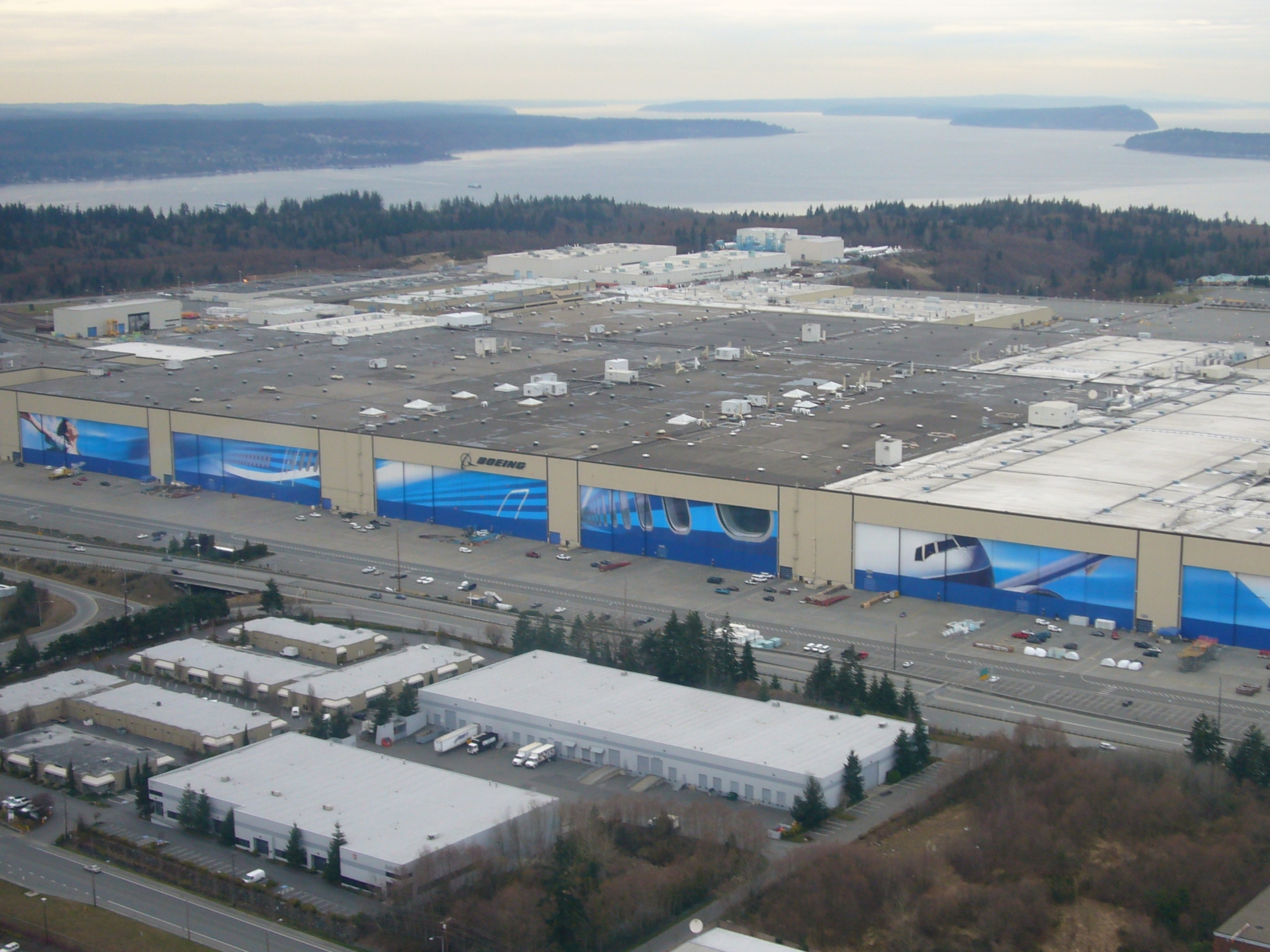 Boeing Everett Factory - Wikipedia with Boeing Factory Map