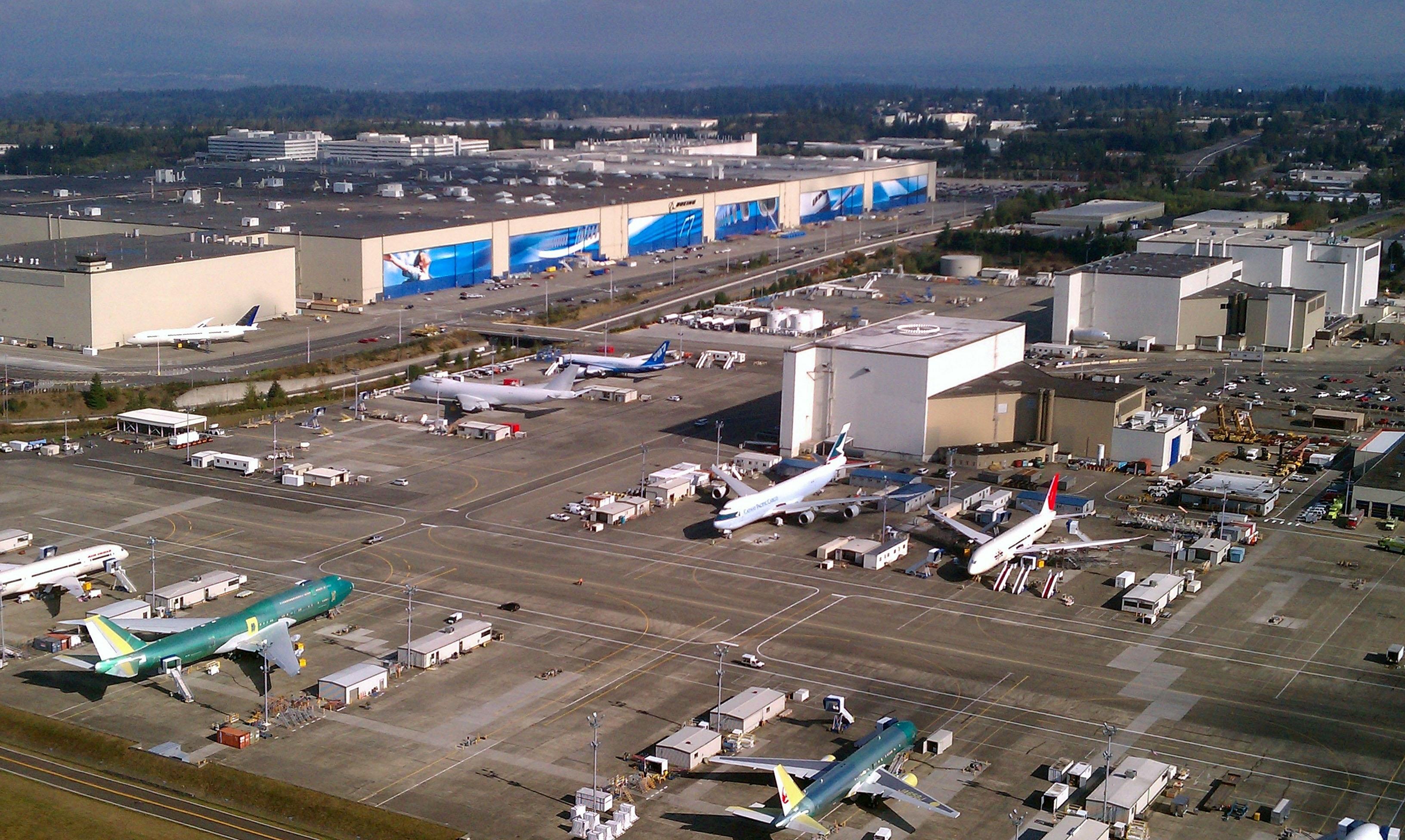 Datei:aerial Boeing Everett Factory October 2011 – Wikipedia with regard to Boeing Everett Factory Map