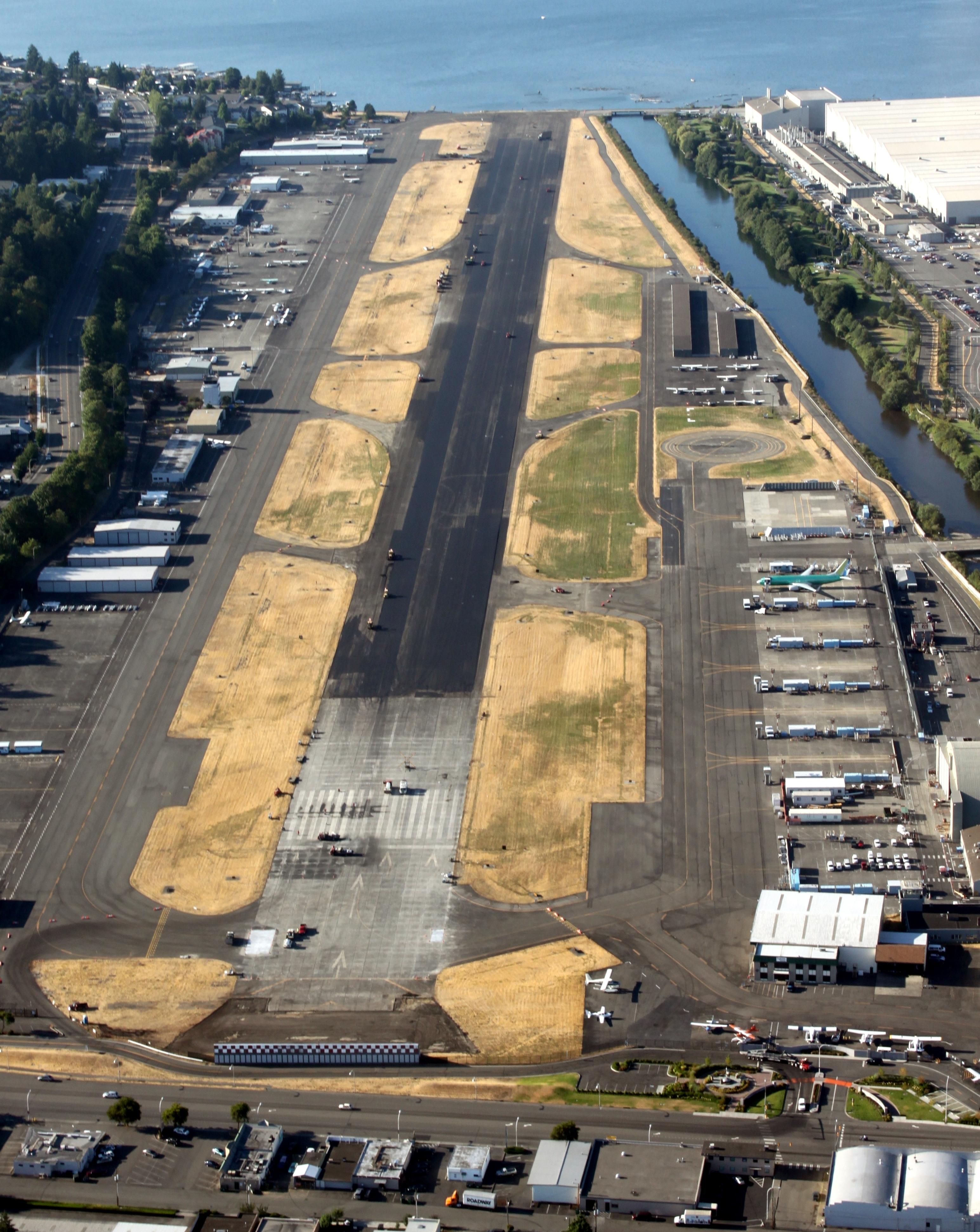 Renton Municipal Airport - Wikipedia in Boeing Renton Factory Map