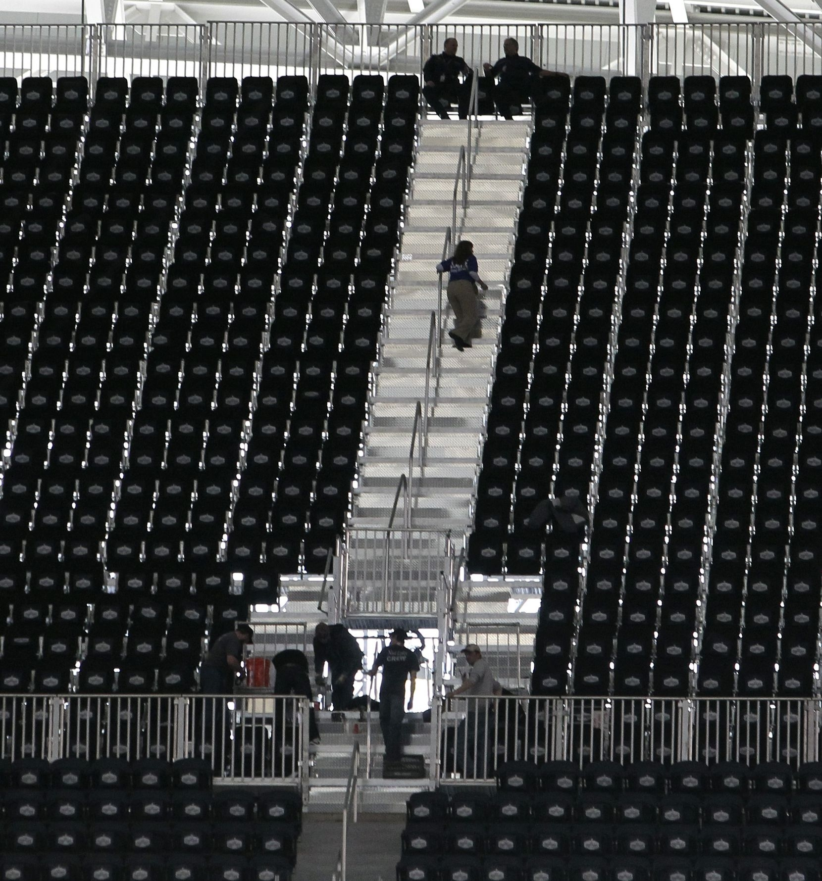 1,250 Fans Displaced After Cowboys Stadium Failed To Have for Dallas Super Bowl Seating Problems