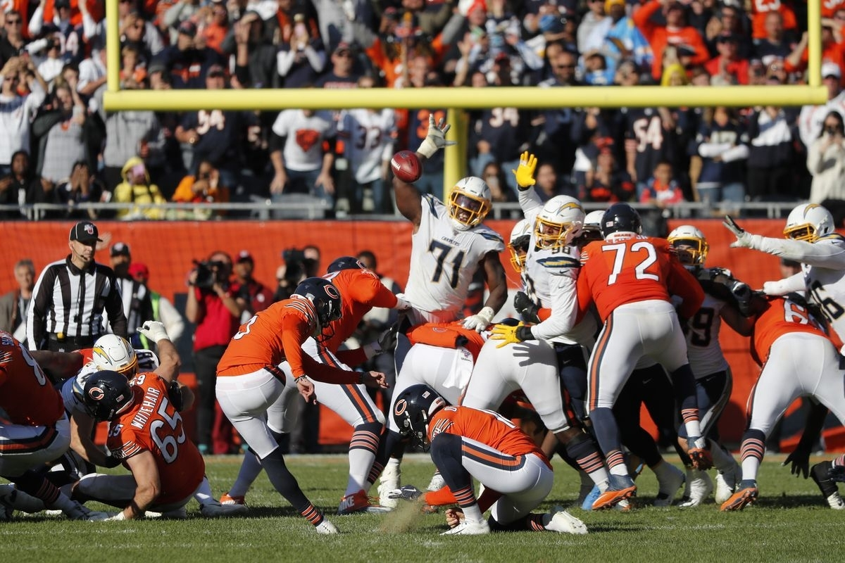 Bears K Eddy Pineiro Preferred Ball Centered For Late Field pertaining to Bears Last Super Bowl