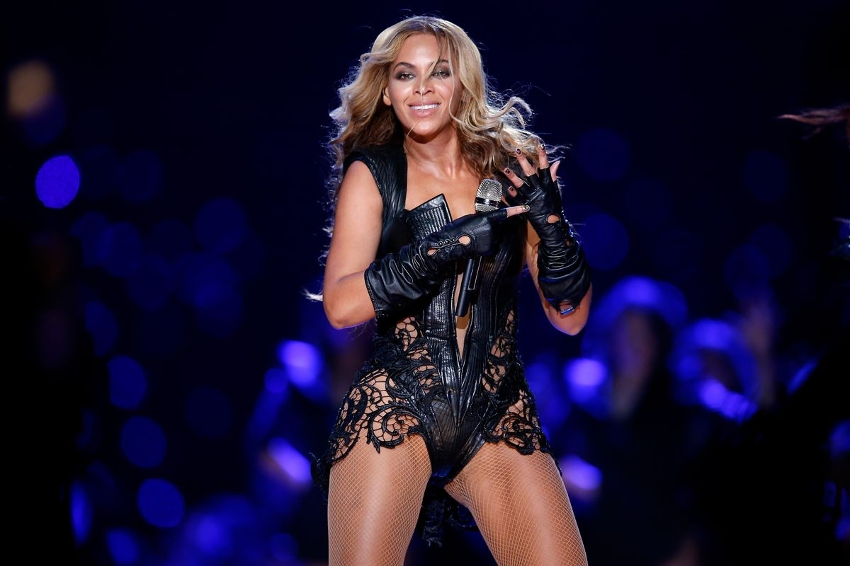 Beyoncé Is Helping Coldplay Out With The Super Bowl 50 throughout Beyonce Super Bowl 2013