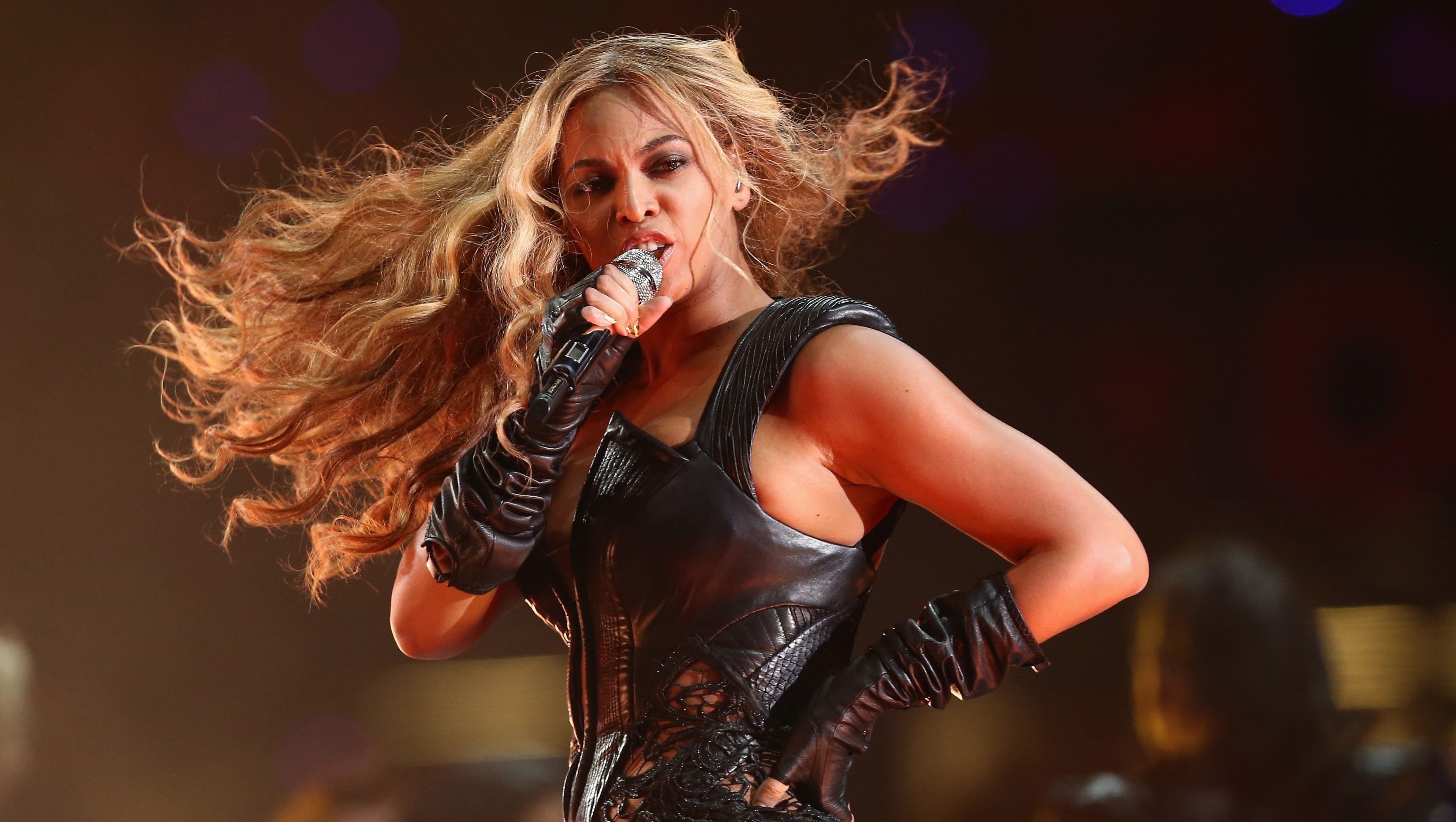 Beyonce Sings Live, Dominates Super Bowl Xlvii Halftime with regard to Beyonce Super Bowl 2013