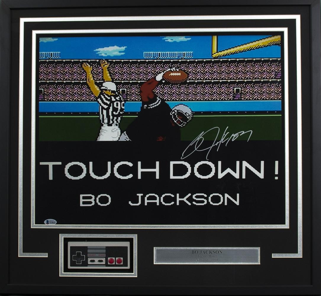 Bo Jackson Signed Framed 16X20 Tecmo Bowl Photo W/ Nes Controller Bas for Tecmo Bowl Bo Jackson