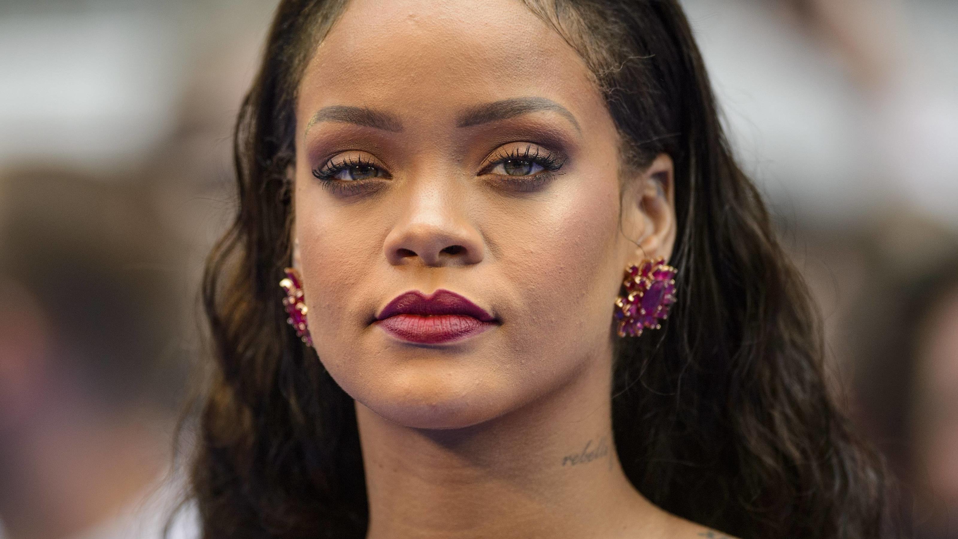 Darum Erteilt Rihanna Dem Super Bowl 2019 Eine Abfuhr inside Rihanna Super Bowl 2019