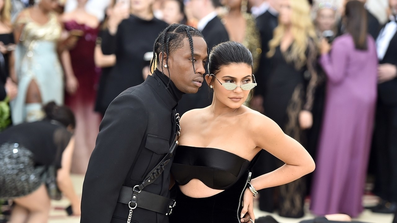 Fans Think Travis Scott Will Propose To Kylie Jenner At The in Kylie Jenner Super Bowl