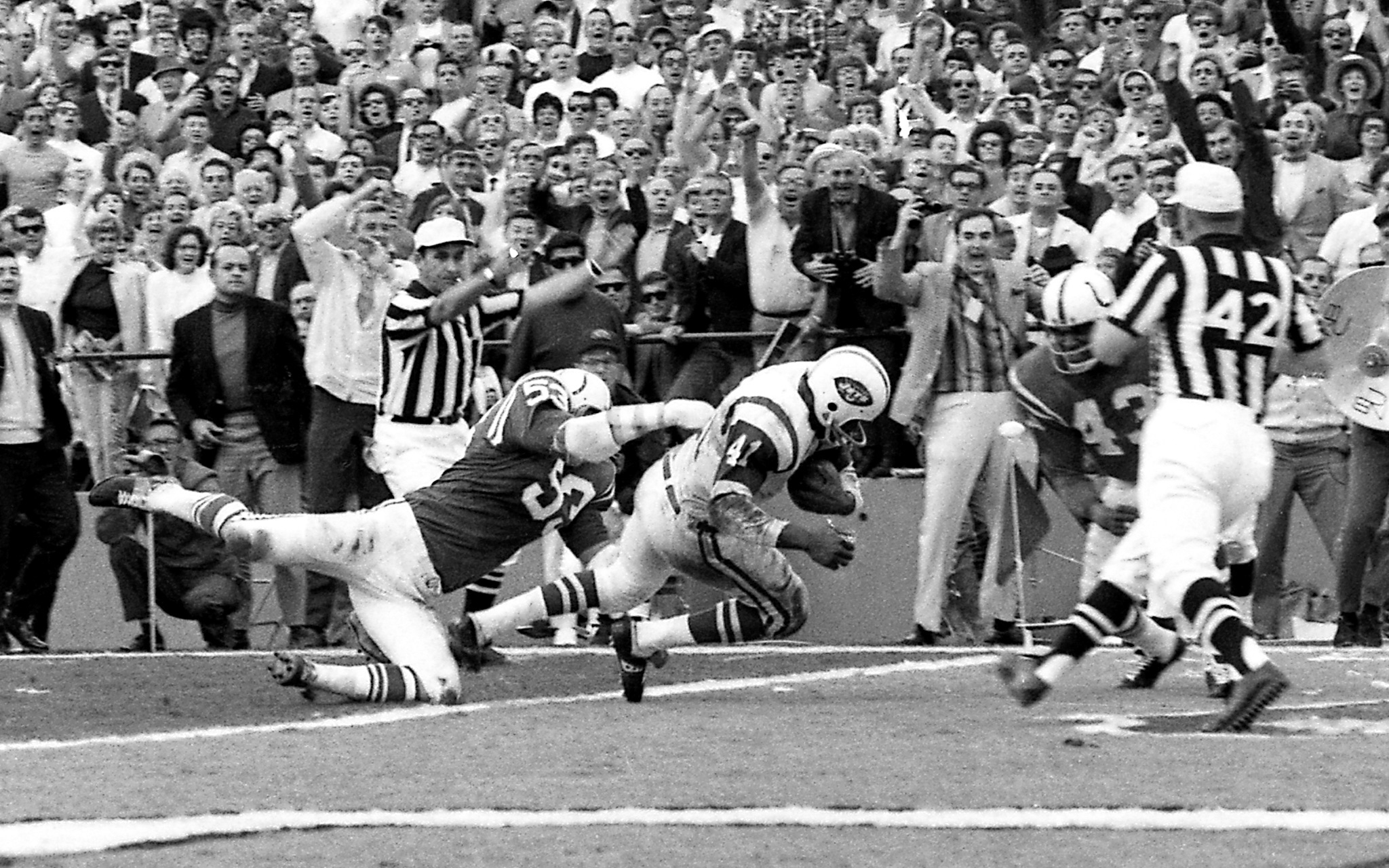First Strike - New York Super Bowl Moments - Espn inside The First Super Bowl