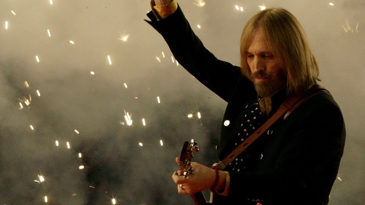 In Remembrance Of Tom Petty: Super Bowl Xlii Halftime Show - Tom Petty &  The Heartbreakers for Tom Petty Super Bowl