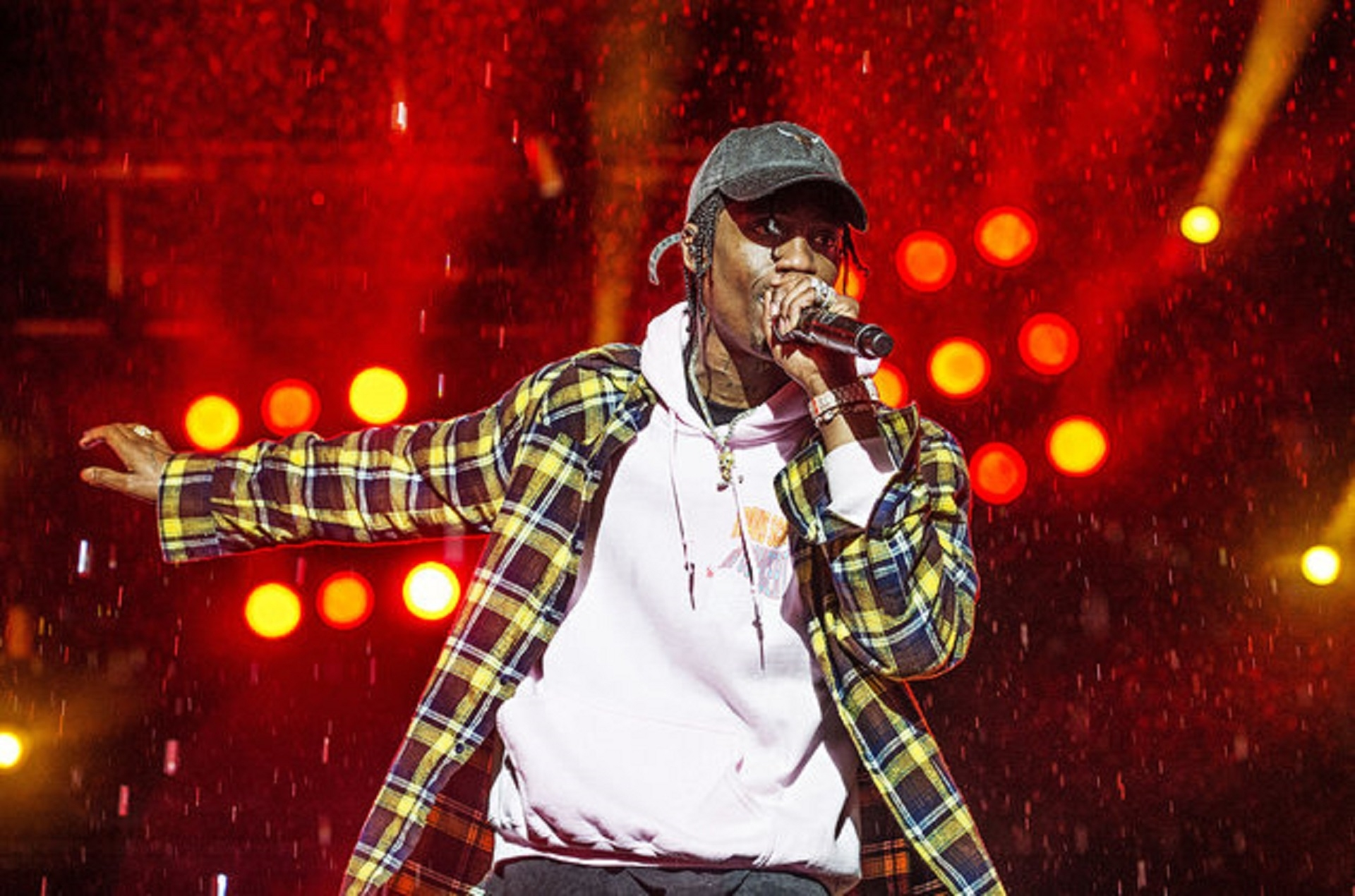 Jay-Z Trying To Talk Travis Scott Out Of Super Bowl Halftime intended for Super Bowl 2019 Travis Scott