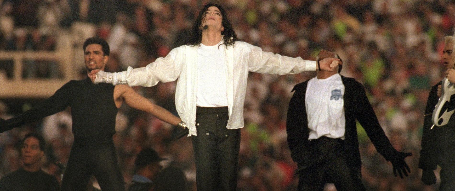 Jeff Miers: Michael Jackson Changed Super Bowl Halftime inside Michael Jackson Super Bowl