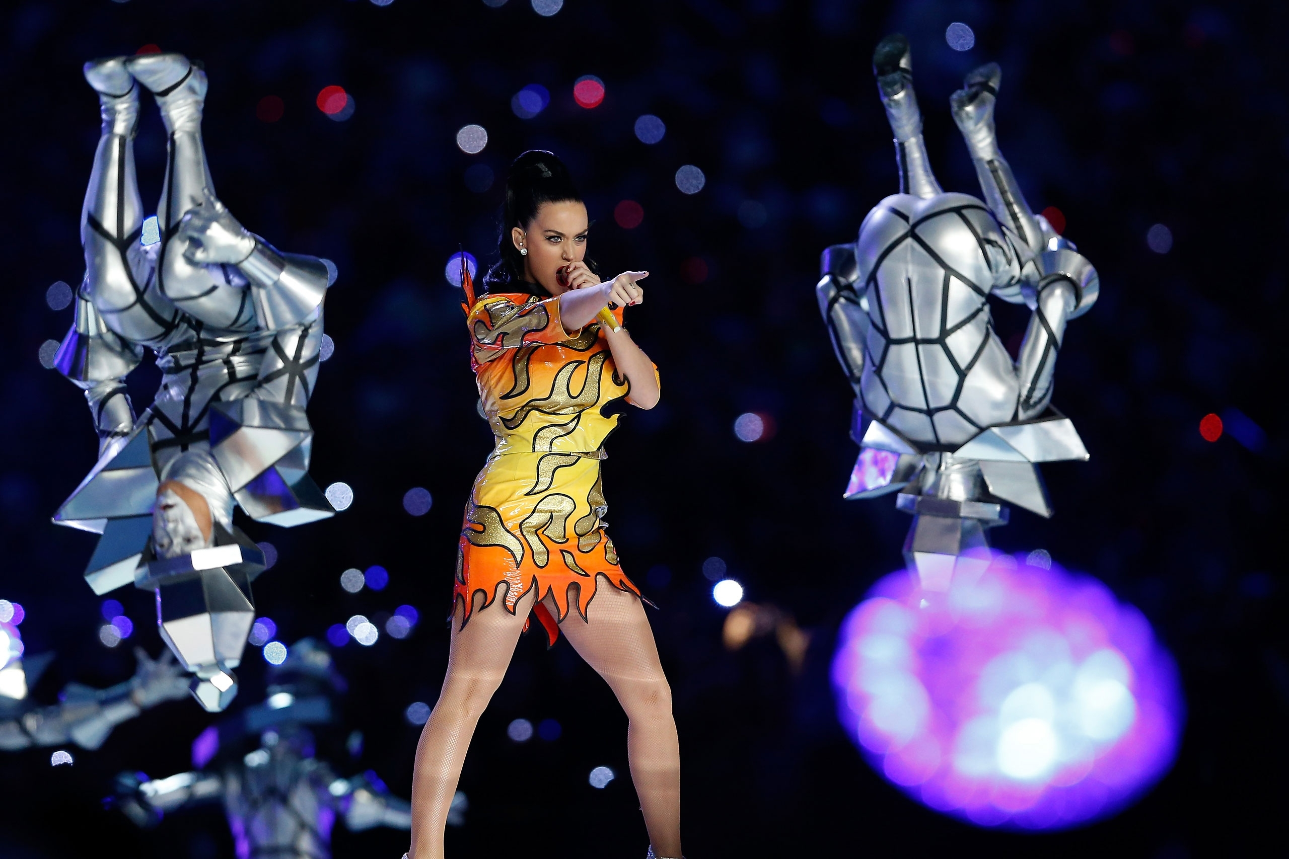 Katy Perry Super Bowl Halftime Show: Singer Gets Xlix Tattoo inside Katy Perry Super Bowl