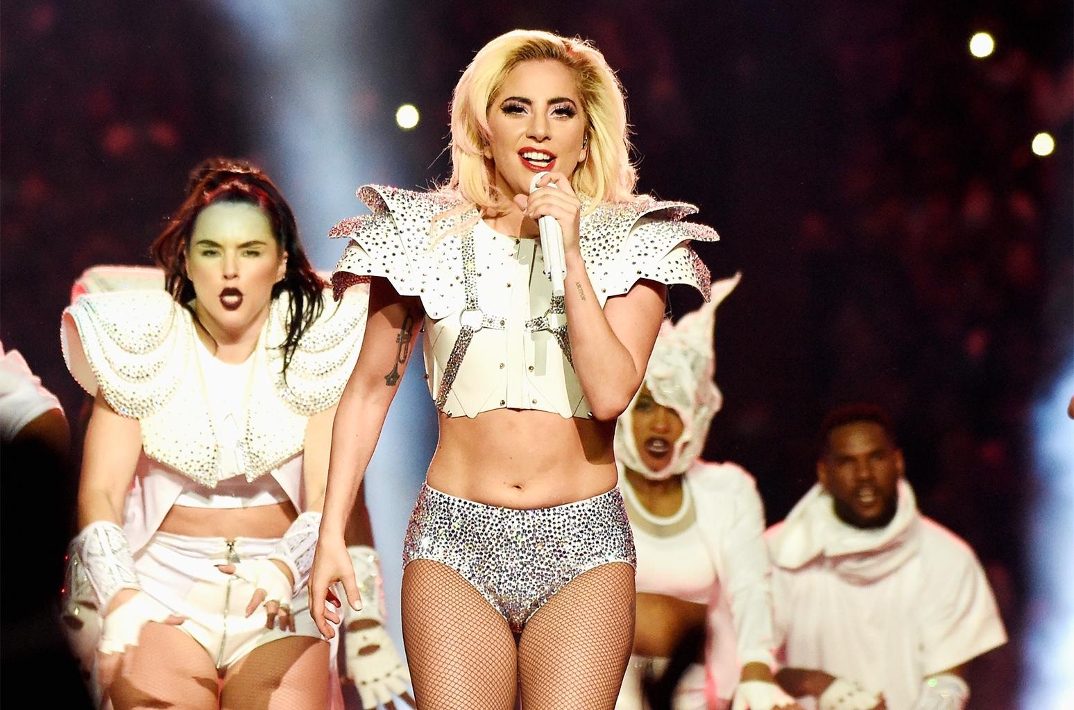 Lady Gaga's Super Bowl 2017 Halftime Show: She's A Legacy regarding Lady Gaga Super Bowl 2018