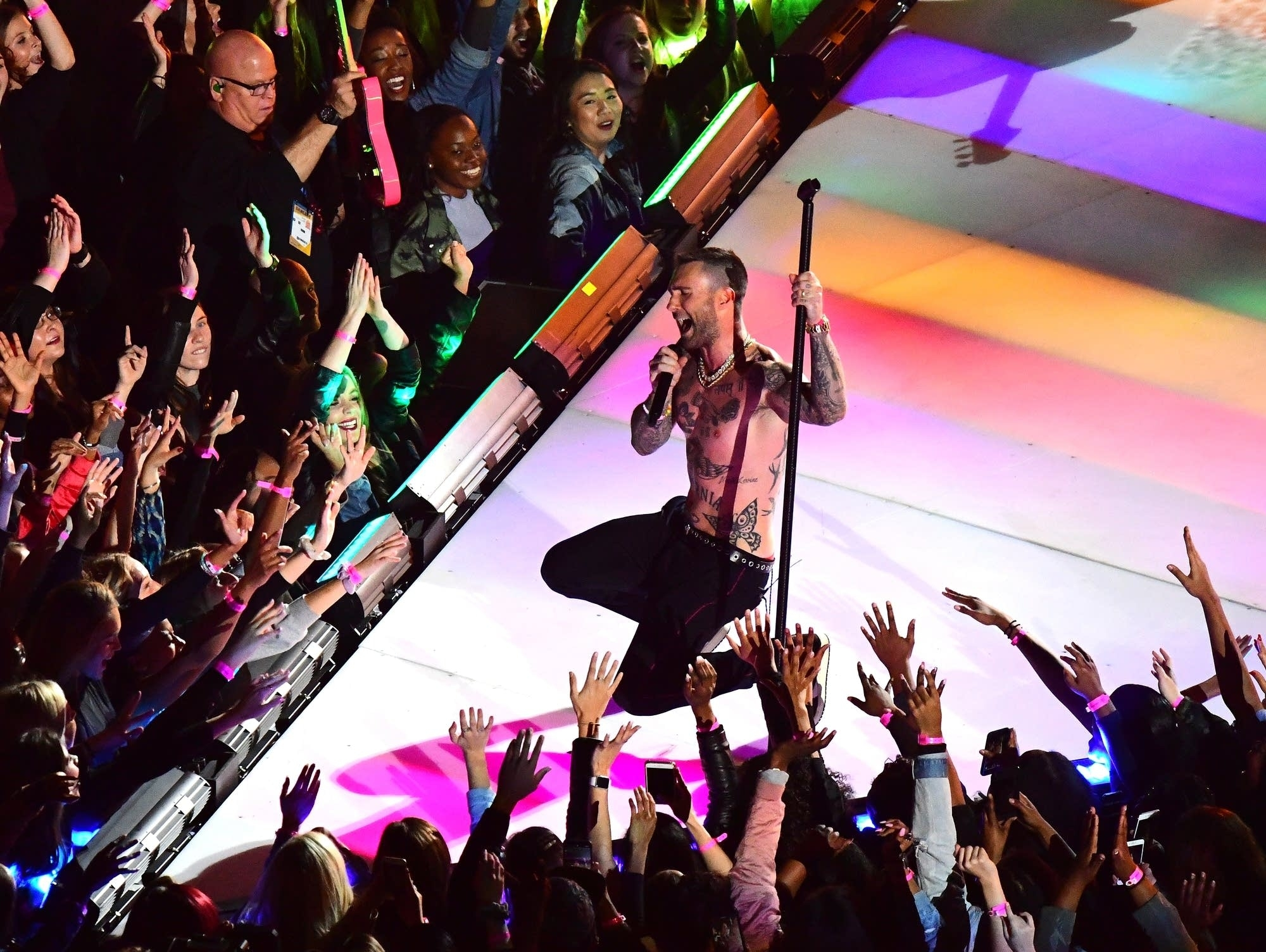 Music News: Were Maroon 5 The Most Boring Super Bowl in Maroon 5 Super Bowl Liii