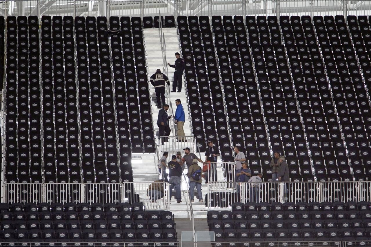 Nfl 'obsessed'attendance Record, Lawyer In Super Bowl within Super Bowl Xlv Seating Problems