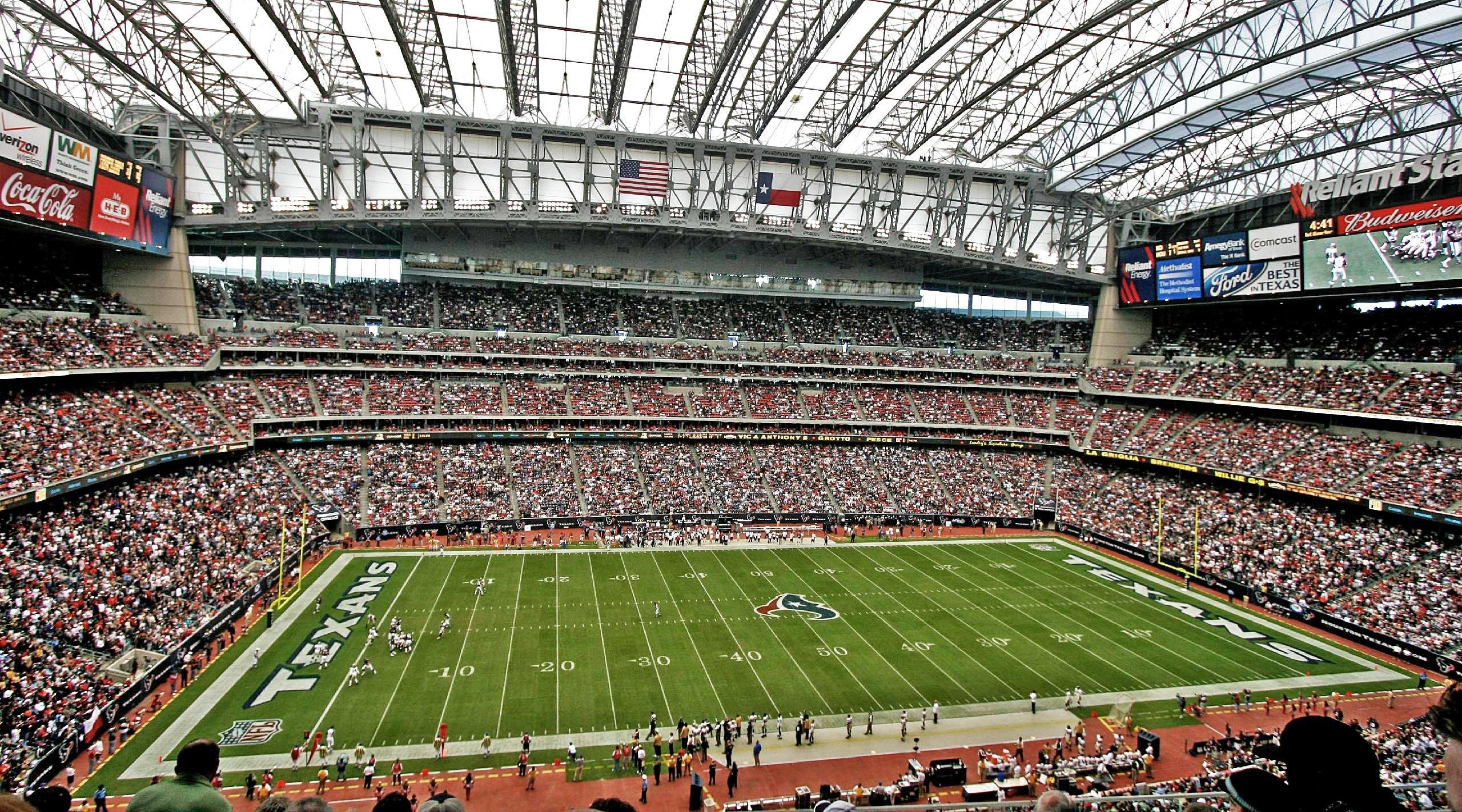 Nrg Stadium - Wikipedia for Super Bowl 53 Seating Capacity