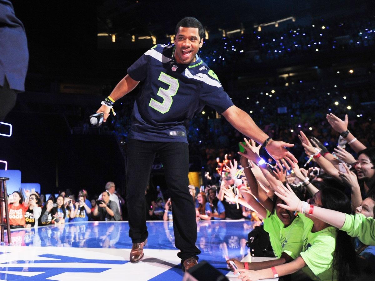 Seattle Seahawks' Super Bowl Qb Russell Wilson To Host with Russell Wilson Super Bowl
