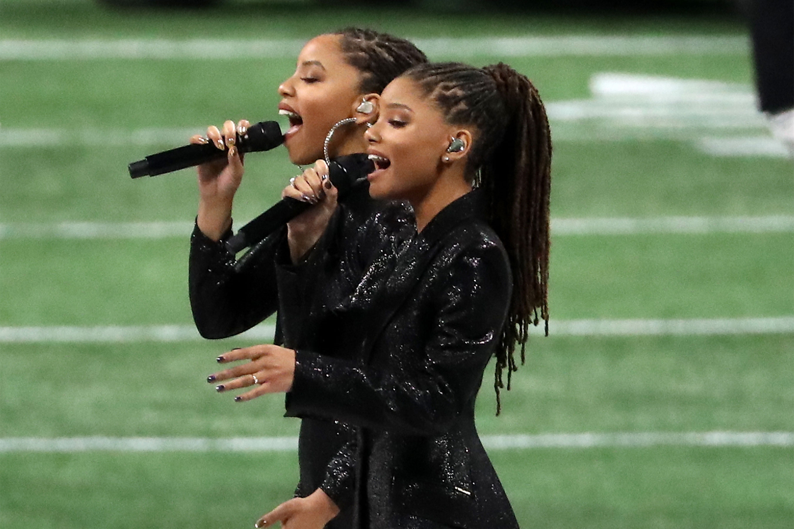 Super Bowl 2019: Chloe X Halle Sing 'america, The Beautiful in America The Beautiful Super Bowl 2019