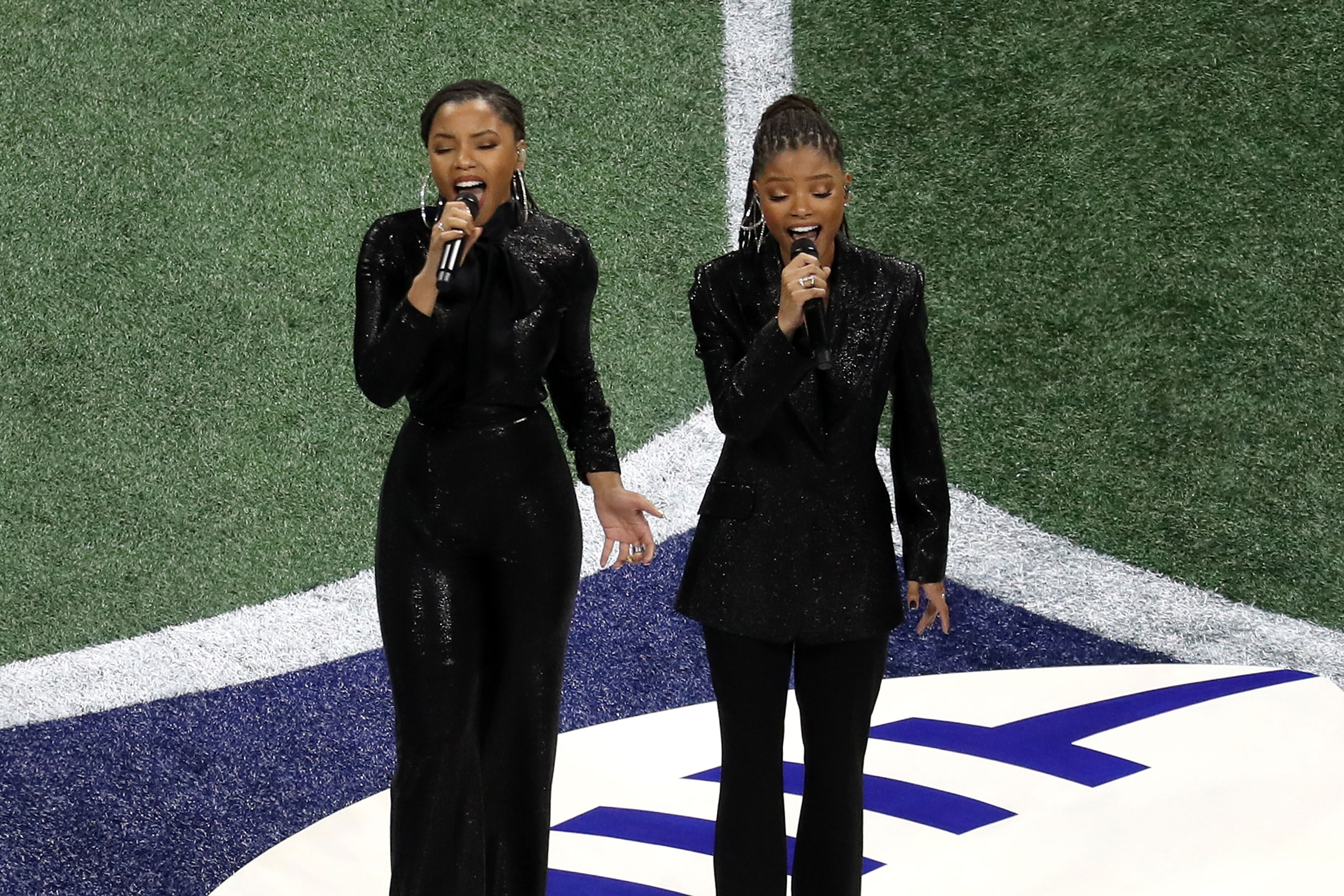 Super Bowl 2019: Chloe X Halle Sing 'america, The Beautiful inside America The Beautiful Super Bowl 2019