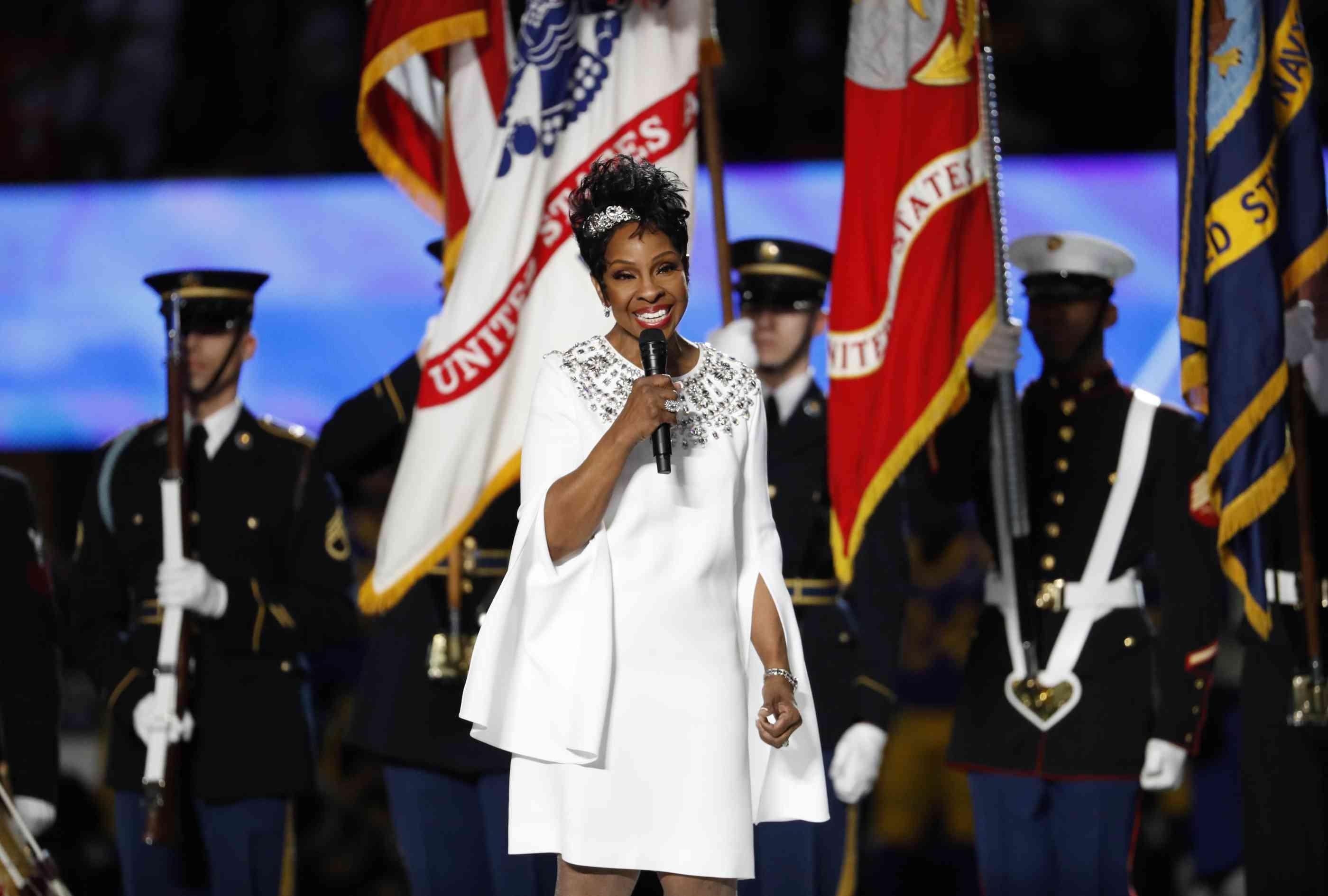 Super Bowl 2019: Gladys Knight Singt Die Nationalhymne In regarding Gladys Knight Super Bowl 2019