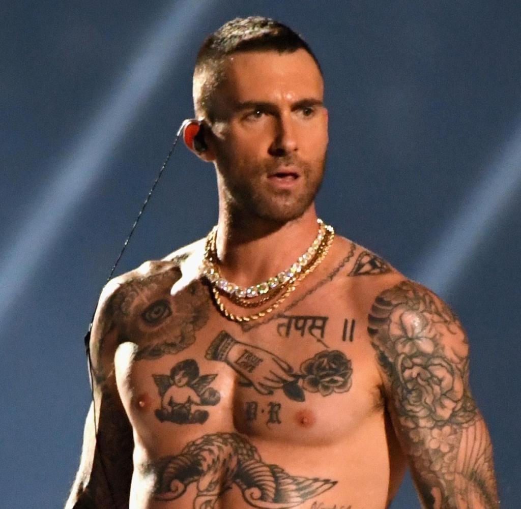 Super Bowl 2019: Maroon 5 Geben Sich In Der Halbzeitshow Die with regard to Super Bowl Maroon 5