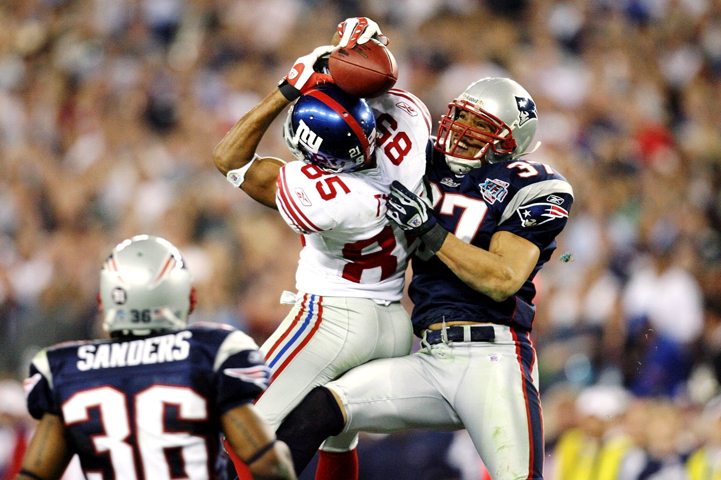 Super Bowl Xlix: Returning To The Scene Of The Crime | Neon for Giants Patriots Super Bowl