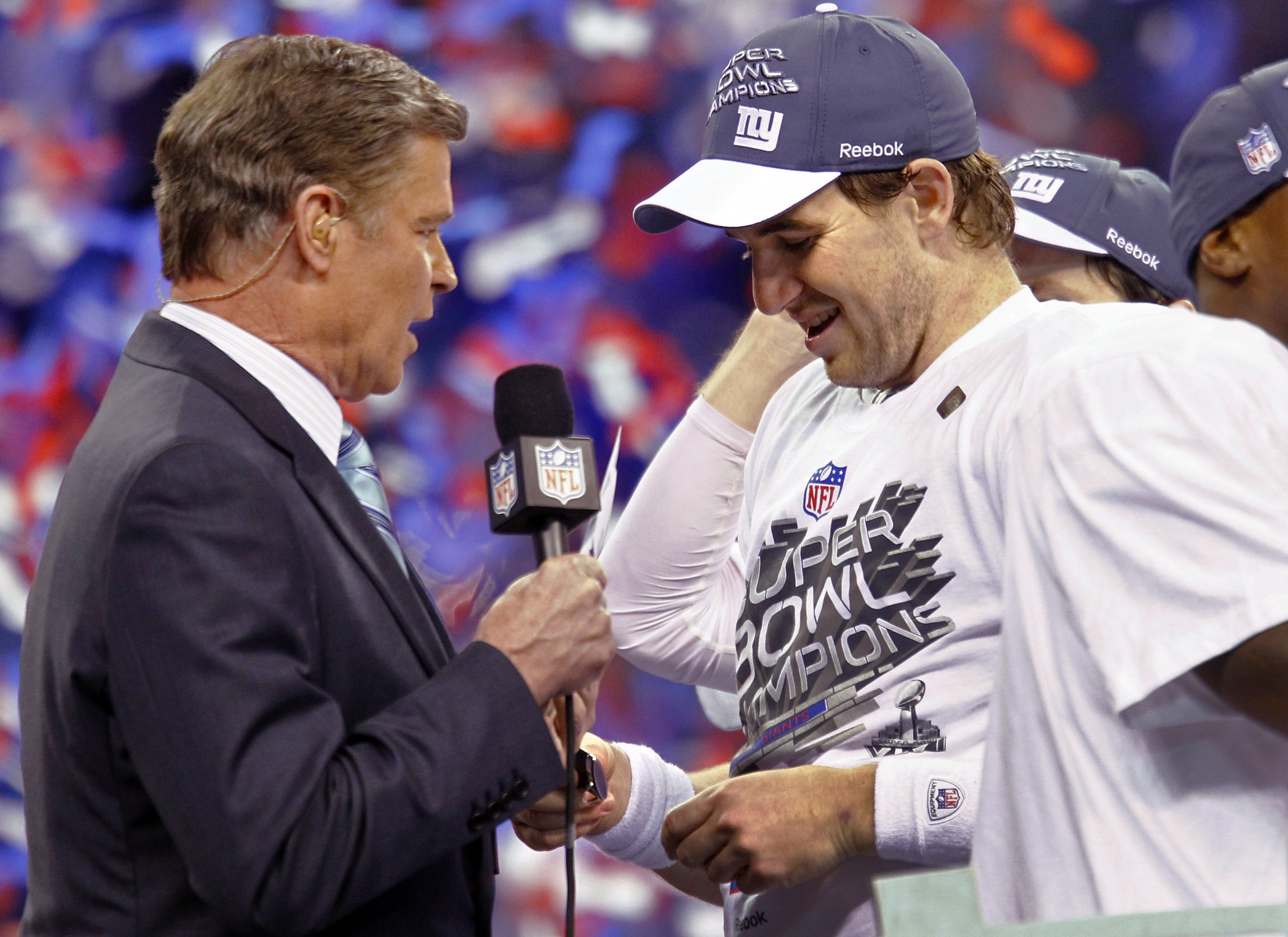 Super Bowl Xlvi Mvp Takes Home Chevrolet Corvette throughout Nbc Super Bowl Mvp Vote