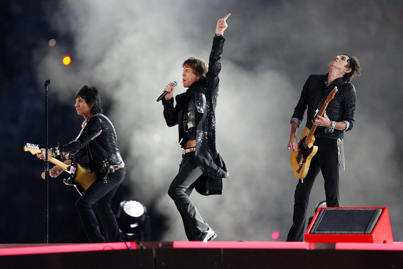 The 10 Best Super Bowl Halftime Shows | Cakes | Rolling pertaining to Rolling Stones Super Bowl