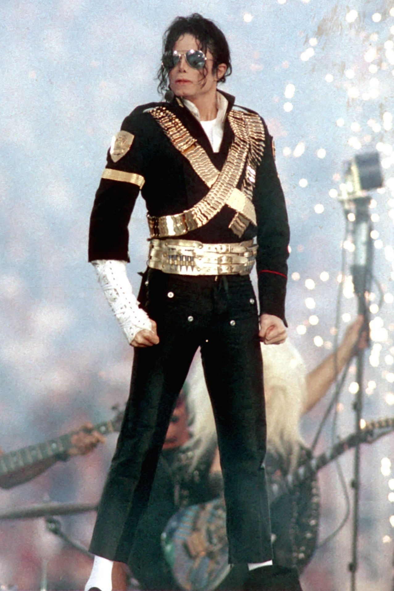 The Best Costumes From Super Bowl Halftime Performances in Michael Jackson Super Bowl