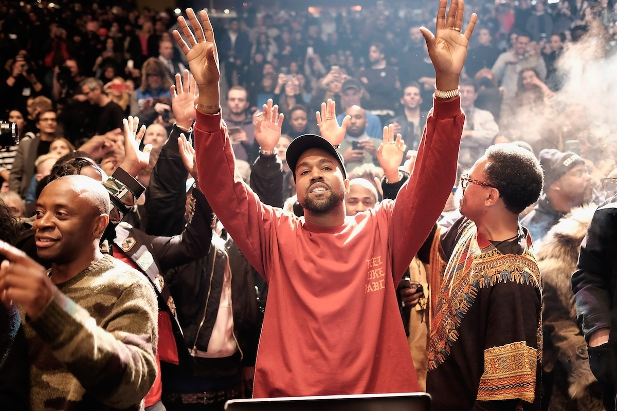 Twitter Users Campaign For Kanye West To Play Super Bowl 51 inside Kanye West Super Bowl