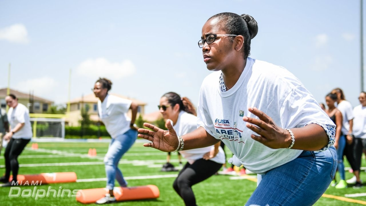 Dolphins Darkroom: Football Safety Clinic With Miami Xtreme Moms pertaining to Miami Xtreme Super Bowl