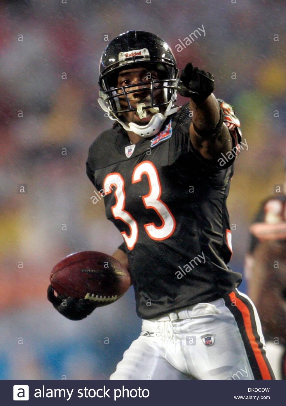 Feb 04, 2007 - Miami, Florida, Usa - Bears #33 Charles for Bears Super Bowl Miami