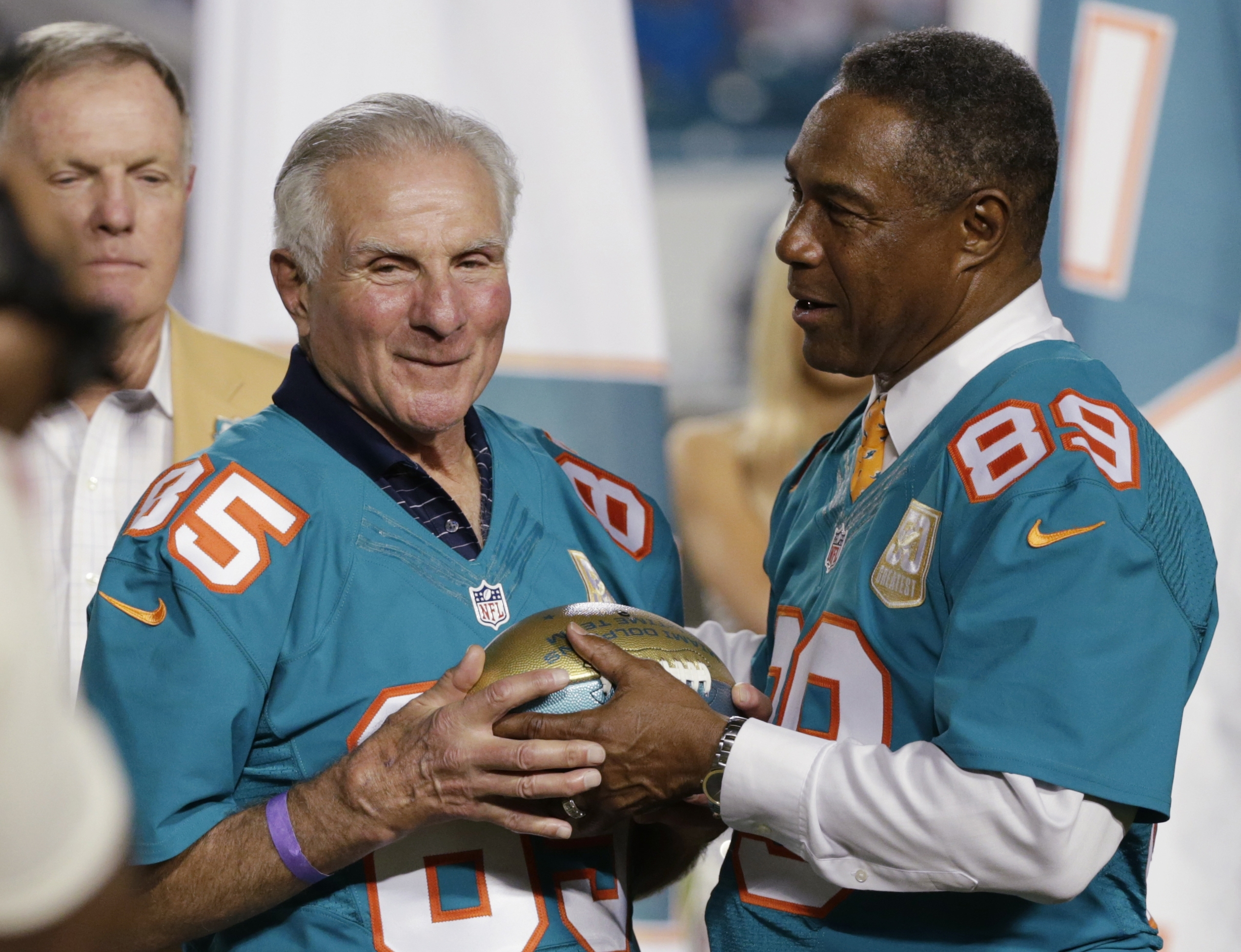 Nick Buoniconti, Dolphins Hall Of Famer Who Suffered From with regard to What Year Did Miami Dolphins Go Undefeated And Won The Super Bowl