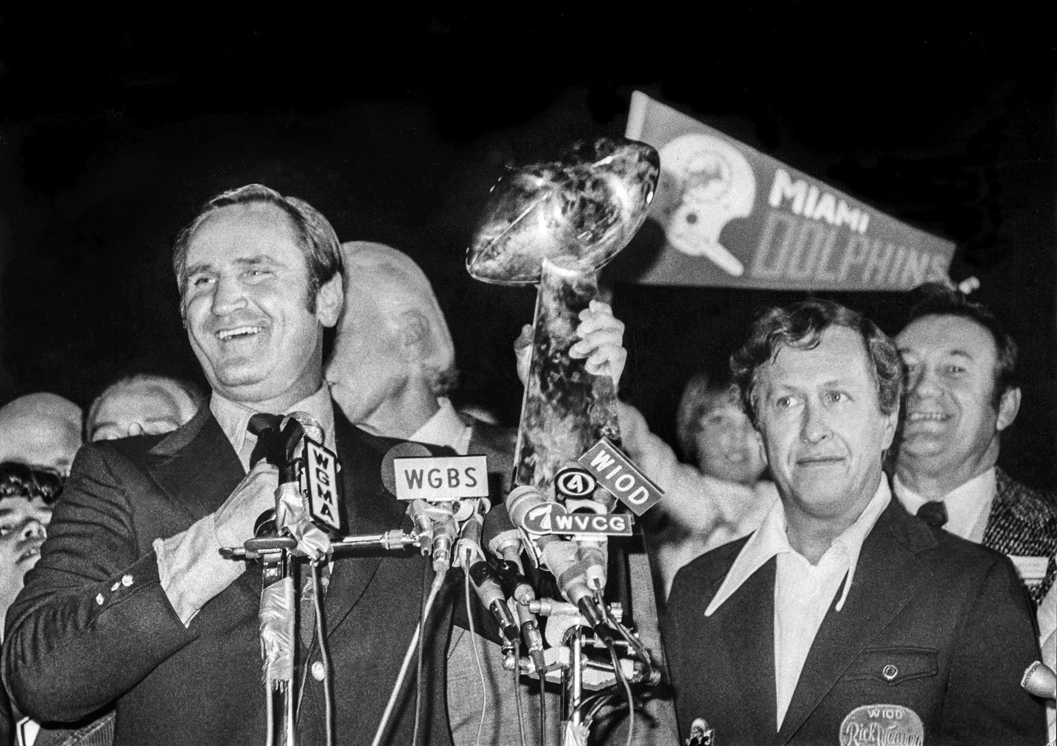On Anniversary Of Perfect Season's Super Bowl, It's Fun To in Have The Miami Dolphins Won A Superbowl
