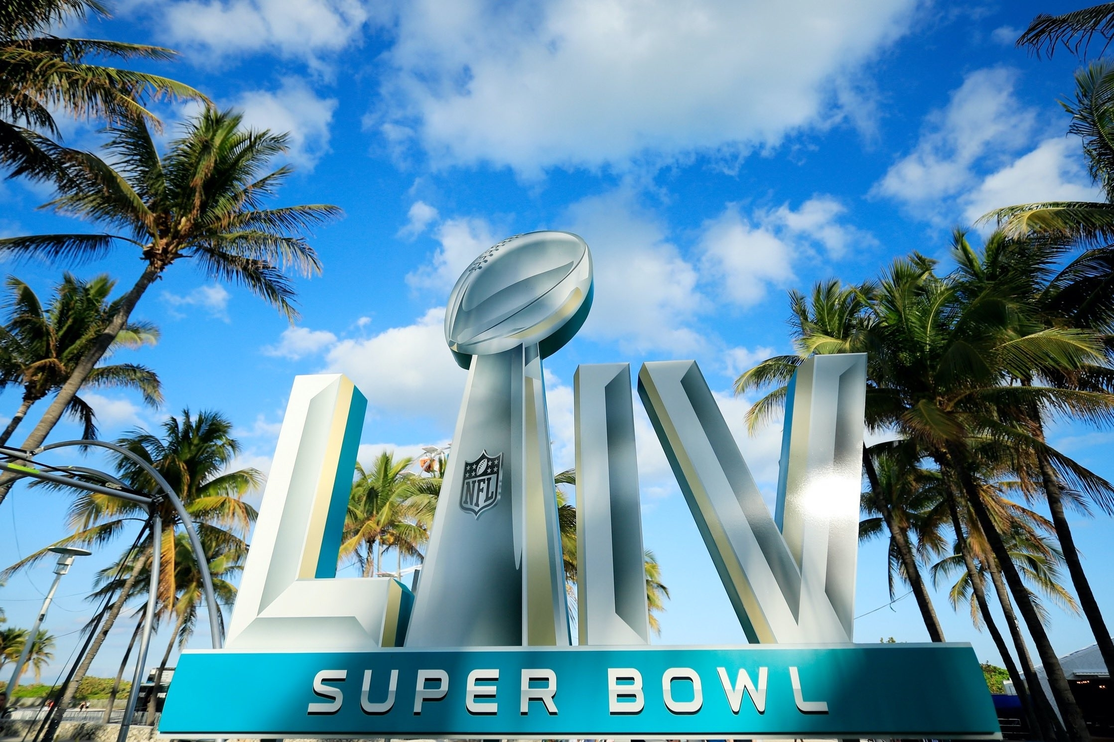 Verizon Brings 5G To The Super Bowl—For Part Of The Stadium for Miami To Host Super Bowl