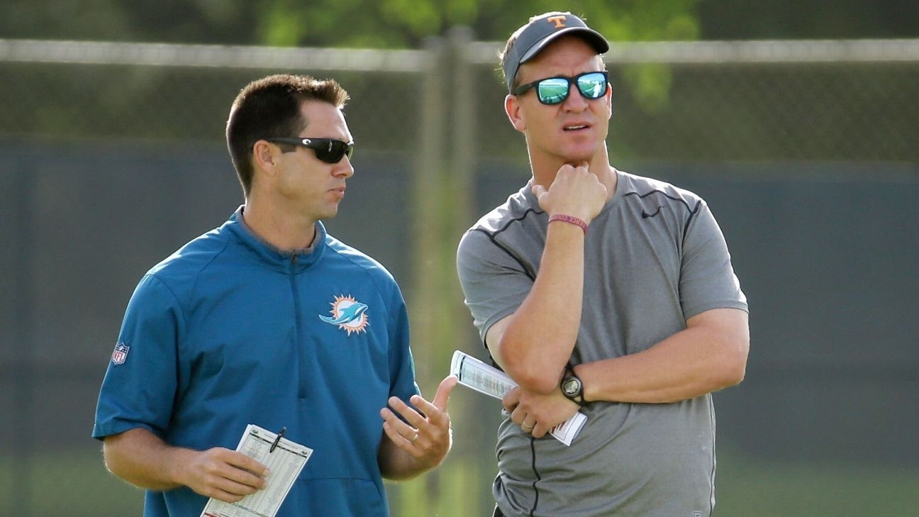 Peyton Manning Makes Appearance At Dolphins Camp | Peyton regarding Miami Dolphins Super Bowl Appearances