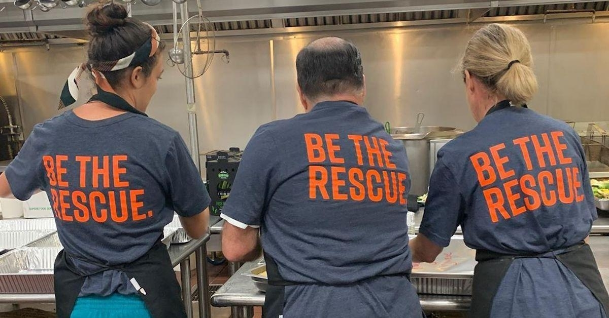 Super Bowl Donated 35,000 Pounds Of Leftover Food To Local inside Miami Super Bowl Volunteers