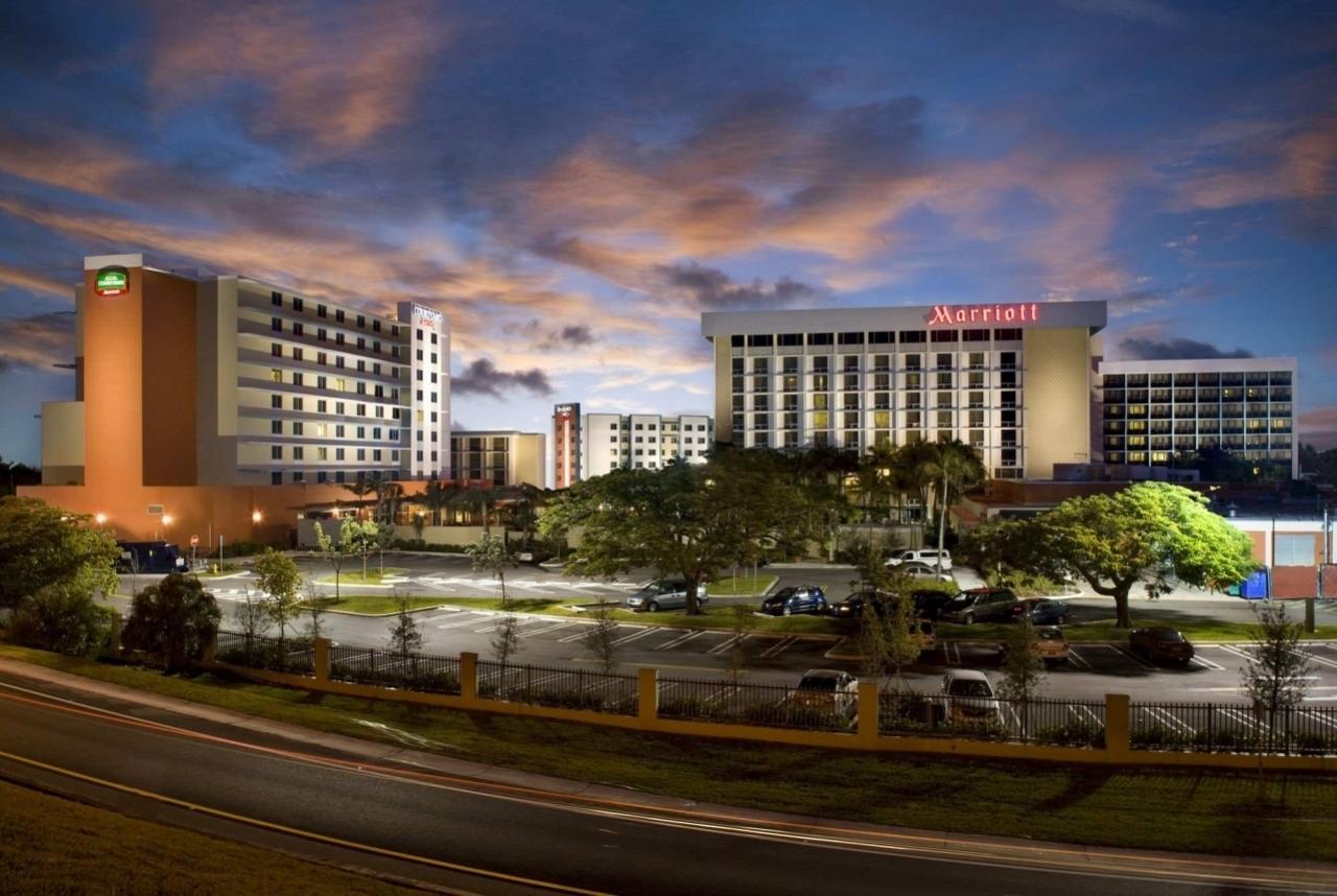 Hotel - Aeropuerto Internacional De Miami - Aeropuertos with Mapa Miami Aeropuerto Internacional