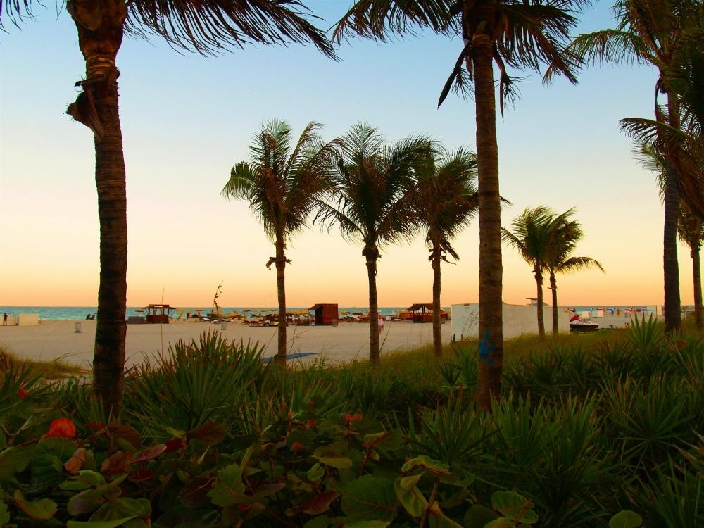 Hotel Best Western Atlantic Beach Resort, Miami Beach within Mapa Miami Beach Collins Avenue