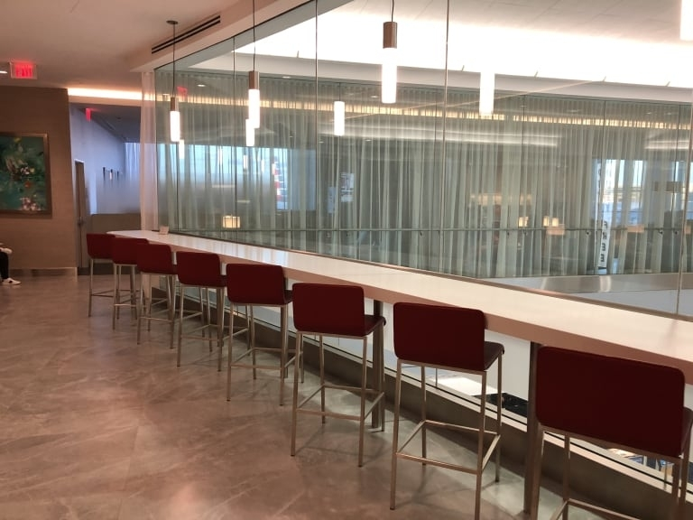Mia: American Airlines Flagship Lounge (Temporarily Closed with Miami Airport American Airlines Terminal